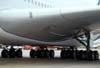 Detalhe do trem de pouso principal do Airbus A380, número de série 007, F-WWJB, futuro avião da Emirates. (11/12/2007)