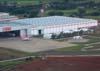 Centro Tecnológico da TAM e Museu Asas de Um Sonho. Há um Airbus A-320 dentro do hangar de manutenção da TAM e um Fokker-100 da OceanAir no pátio. (25/11/2006)