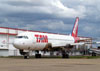 Airbus A320-232, PR-MBJ, da TAM. (23/10/2011)