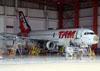 Airbus A319-132, PT-MZA, da TAM. (23/10/2011)