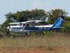 Cessna 152, PR-EJZ, da EJ Escola de Aviação. (24/04/2012)