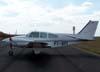 Beechcraft 95-55 Baron, PT-BPI, estacionado no pátio da aviação geral. (12/05/2007)