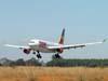 Airbus A330-223, PT-MVC, da TAM pouco antes de tocar a pista 02/20. Esta aeronave foi entregue à companhia aérea em dezembro de 1998 direto da fábrica. (18/06/2008)