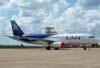 Airbus A320-233, prefixo CC-CQM, da LAN. (27/02/2008)