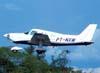 Piper/Embraer EMB-712 Tupi, PT-NXW, da Mariano Escola de Aviação, durante a decolagem no Aeroporto Dr. Mário Pereira Lopes em São Carlos. (28/01/2007). Foto: Rodrigo Zanette