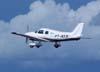 Piper/Embraer EMB-712 Tupi, PT-NXW, da Mariano Escola de Aviação, durante a decolagem. (28/01/2007)