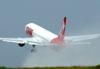 Decolagem do Boeing 767-33AER, PT-MSU, da TAM, o primeiro do modelo no aeroporto de São Carlos. (17/12/2009)