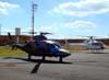 Agusta A109E, PP-KLU, da Global Táxi Aéreo, e Eurocopter/Helibrás HB-350B Esquilo, PT-HLF, da Hellipoint Táxi Aéreo. (28/08/2009)