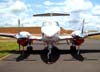 Beechcraft King Air F90, PT-LTT, do Grupo Encalso (Residenciais Damha), estacionado no aeroporto de São Carlos.
