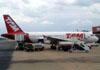 Airbus A319-132, PR-MAO, da TAM. (16/10/2012) Foto: Sérgio Cardoso.