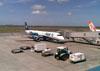 """Embraer 195AR, PR-AYF (Chamado """"Tripulante Azul""""), da Azul. (23/11/2011) Foto: Sérgio Cardoso."""