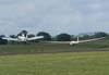 Ipanema do CVV da AFA rebocando o planador SZD-48-1 Jantar Standard 2, do APP de Jundiaí.