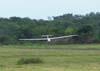 Planador Blanick L23 do CVV da AFA, se aproximando para o pouso.