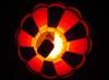 Balão do brasileiro Sandro Haim, prefixo PP-XGX, voando amarrado pela corda antes do Night Glow.
