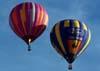 Balões logo após a decolagem. A direita, o balão Rubic III, PP-XMN, de Gabriela Slavec. (23/06/2007)