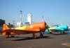 A partir da esquerda, o North American T-6D, PT-LDO, aeronave número 3 da Esquadrilha OI, e o North American T-6D, PT-KRC, aeronave número 1 da Esquadrilha OI. (26/04/2008) Foto: João Thiago Domingues