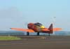 O North American T-6D, PT-LDO, aeronave número 3 da Esquadrilha OI, pilotada pelo Gustavo Albrecht, durante o taxiamento. (26/04/2008) Foto: João Thiago Domingues