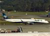 Embraer 195AR, PR-AYP, da Azul. (04/07/2013)