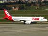 Airbus A320-232, PR-MAR, da TAM. (04/07/2013)