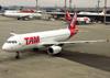 Airbus A320-232, PR-MAV, da TAM. (04/07/2013)