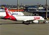 Airbus A320-232, PT-MZZ, da TAM. (04/07/2013)