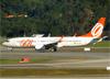 Boeing 737-8EH (SFP), PR-GUN, da GOL. (04/07/2013)