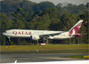 Boeing 777-2DZLR, A7-BBC, da Qatar Airways. (28/08/2013)