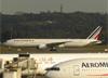 Boeing 777-328ER, F-GZND, da Air France. (28/08/2013)