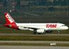 Airbus A320-232, PT-MZH, da TAM. (01/07/2011)