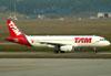 Airbus A320-232, PR-MBC, da TAM. (01/07/2011)