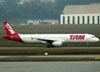 Airbus A321-231, PT-MXA, da TAM. (01/07/2011)