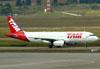 Airbus A320-232, PR-MAY, da TAM. (01/07/2011)