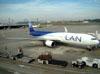 Boeing 767-316ER, CC-CWV, da LAN. (01/07/2011)