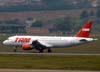 Airbus A320-214, PR-MHJ, da TAM. (06/07/2008)