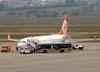 Boeing 737-85F, PR-GIP, da GOL, ex-Varig, que o recebeu diretamente do fabricante no dia 10 de setembro de 2001 com o prefixo PP-VSA e o operou até 7 de abril de 2007, quando foi matriculado PR-GIP e entregue à GOL. (06/07/2008)