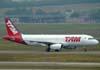 Airbus A320-232, PR-MAV, da TAM, recebido diretamente do fabricante no dia 8 de abril de 2005. (06/07/2008)