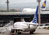 Boeing 737-7V3, prefixo HP-1380CMP, da Copa Airlines, recebido diretamente do fabricante no dia 26 de novembro de 2002. (06/07/2008)