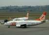 Boeing 737-322, PR-GLH, da GOL. (06/07/2008)