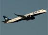Embraer 195AR, PR-AYH, da Azul. (07/08/2014)
