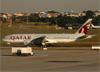 Boeing 777-2DZLR, A7-BBG, da Qatar Airways. (07/08/2014)