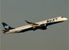 Embraer 195AR, PR-AXR, da Azul. (07/08/2014)