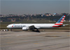 Boeing 777-323ER, N724AN, da American. (07/08/2014)