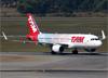 Airbus A320-214 (WL), PR-TYH, da TAM (Pintura especial TAM Fidelidade 20 anos). (07/08/2014)