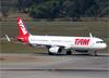 Airbus A321-231 (WL), PT-MXO, da TAM. (07/08/2014)