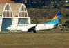 Boeing 737-76N, PR-VBU, da Varig (GOL). (09/07/2011)