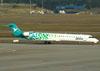 Canadair CL-600-2D24 Regional Jet CRJ-900LR, CX-CRB, da Pluna. (09/07/2011)