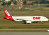 Airbus A320-232, PT-MZL, da TAM. (09/07/2011)