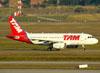 Airbus A319-132, PR-MAN, da TAM. (09/07/2011)