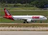 Airbus A320-214 (WL), PR-TYA, da TAM. (10/12/2014)