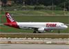 Airbus A320-214, PR-MHG, da TAM. (10/12/2014)